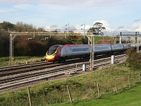 Class 390 Pendolino photograph (Old Linslade, October 2004)--click to enlarge